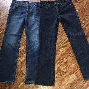 2 pairs of women's size 8 jeans